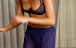 Stupefying latin beauty Janice Griffith receives a rough plowing from her boyfrend