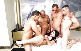 Seductive shemale Bruna Butterfly likes taking many cocks at once