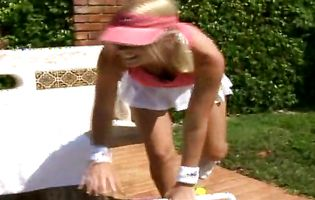 Corina and Molly have lesbian fun after a tennis match